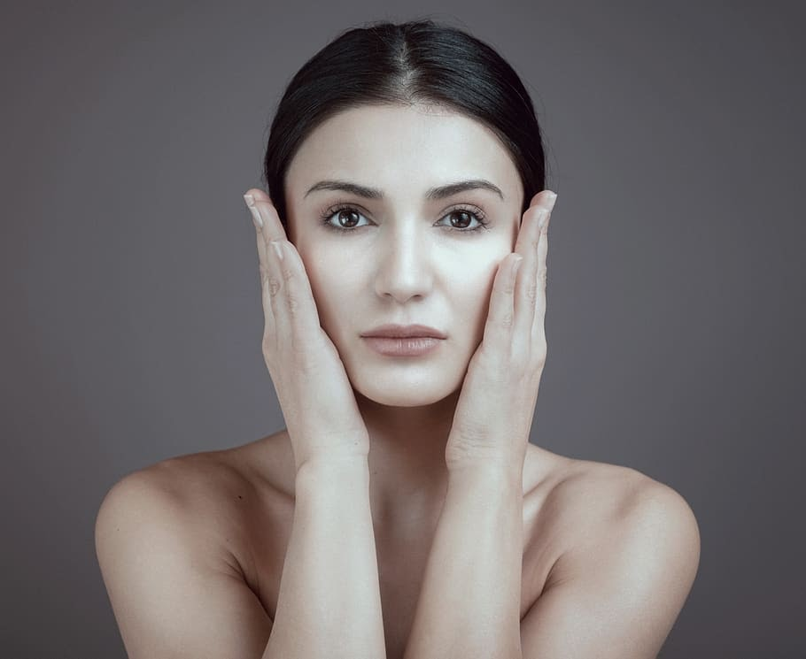 DERMATOLOGIST TIPS TO PROTECT YOUR SKIN DURING DUBAI SUMMER, Latest News Adda