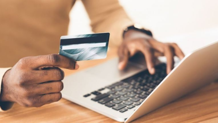 Which is the best lifetime free credit card?, Latest News Adda