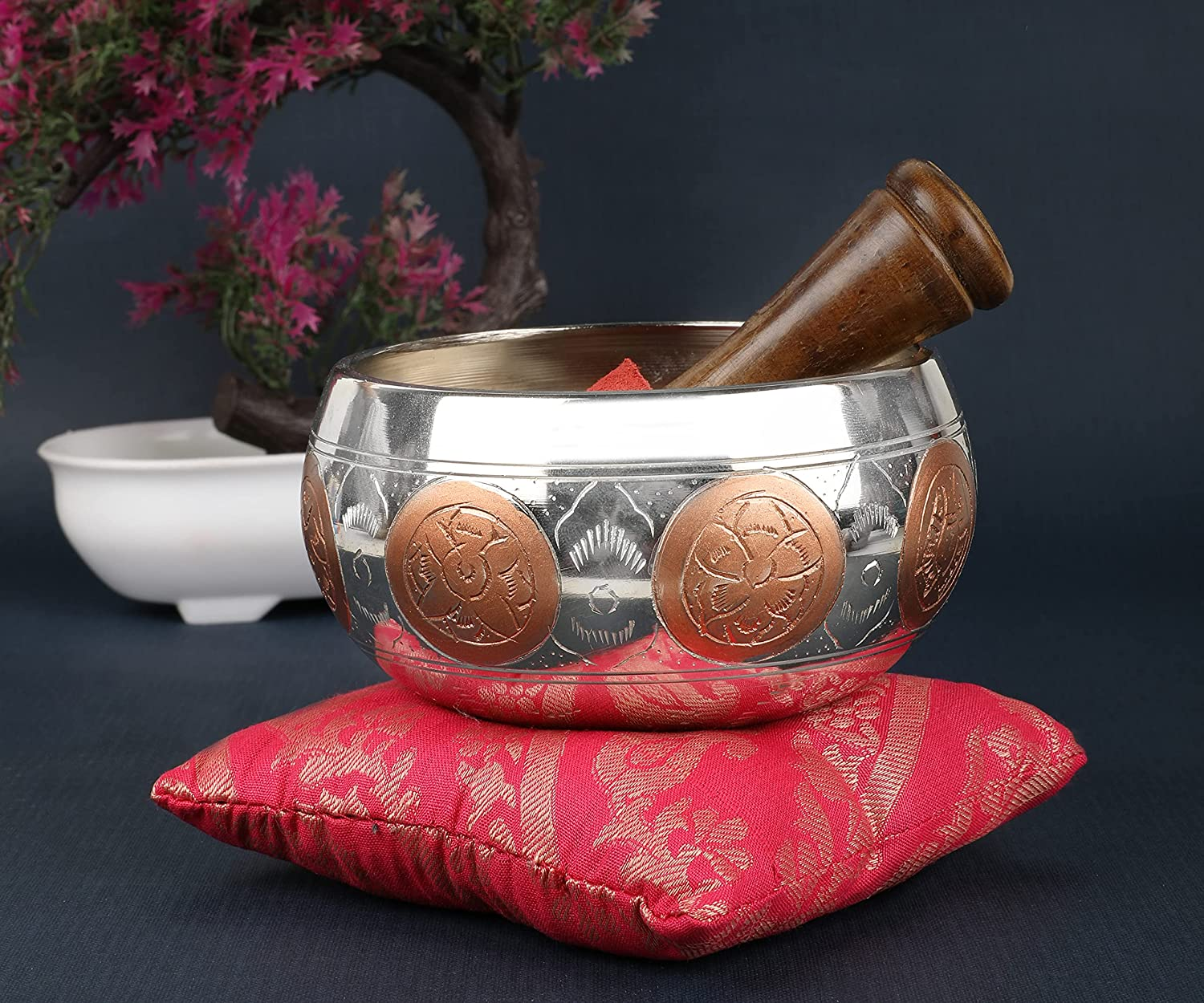 How to use singing bowls for meditation, Latest News Adda