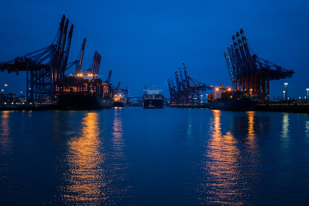 What to Consider when Choosing a Shipping Company, Latest News Adda